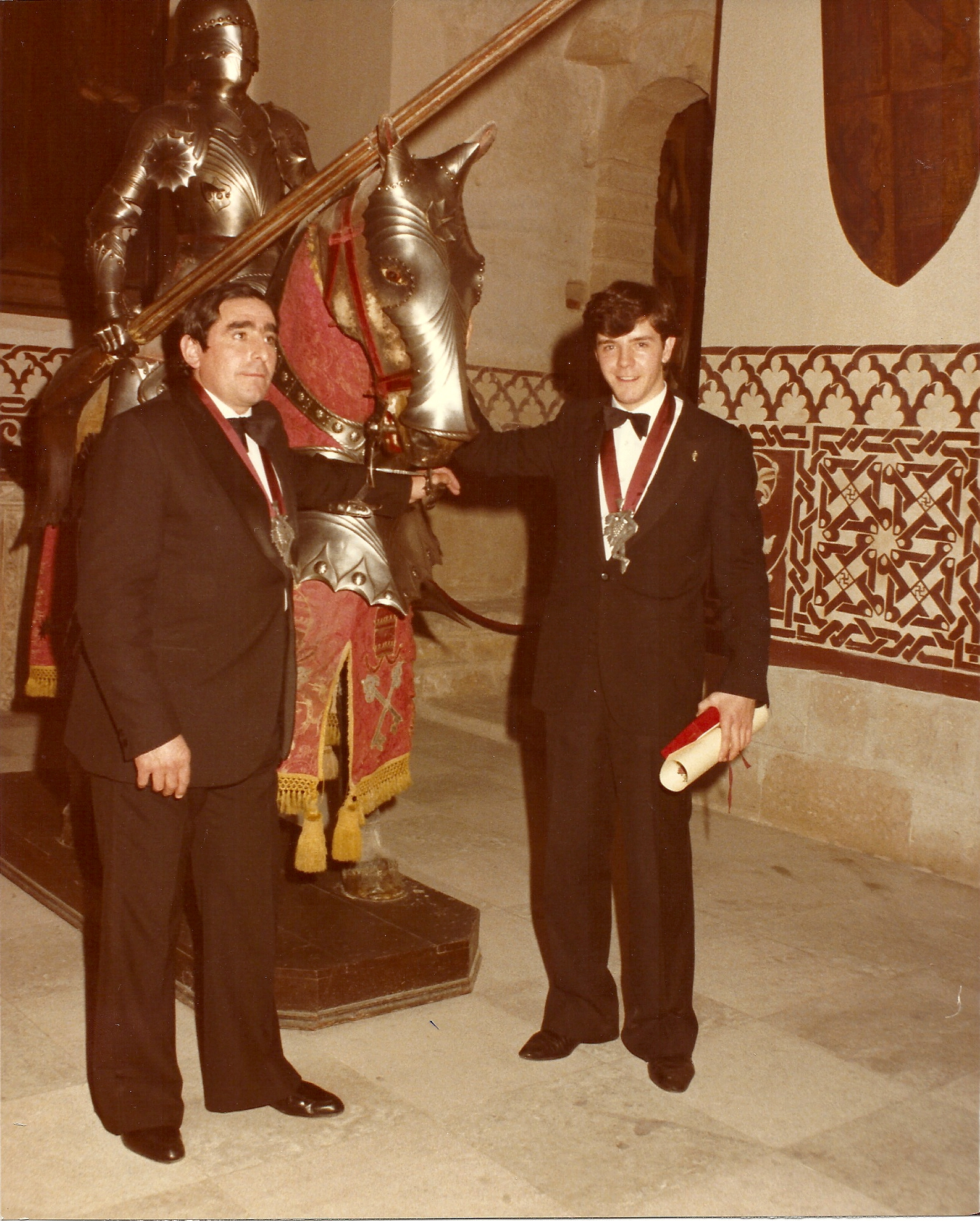 Don Eugenio Cuerdo con Don Candido Lopez Cuerdo (Mesón de Cándido) en el Alcazar de Segovia (1983)