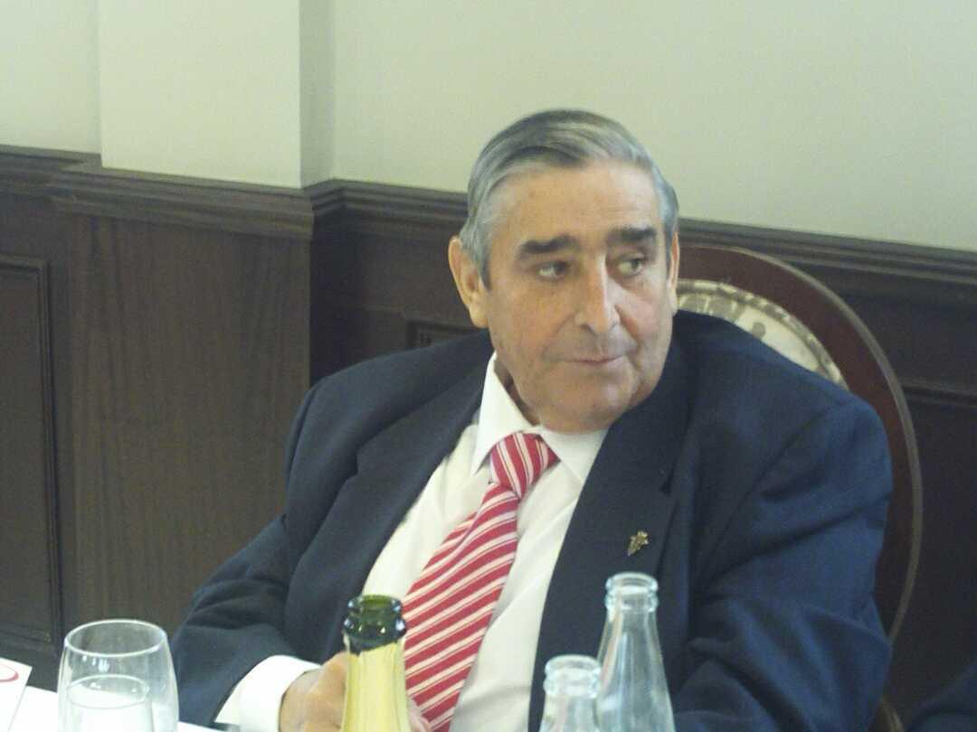 Don Eugenio Cuerdo siempre pendiente de su familia (2013)