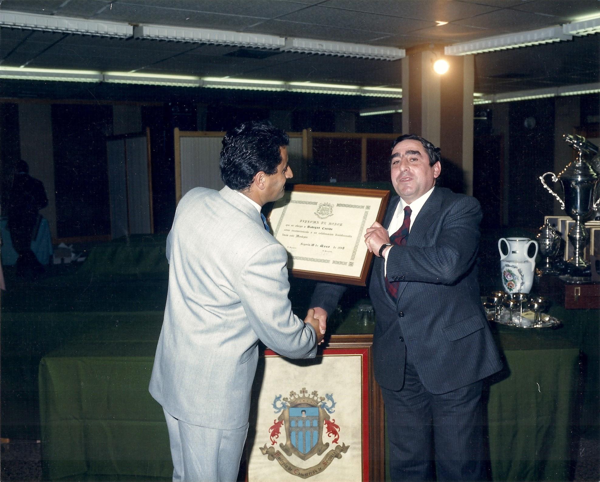 Diploma de Honor por Montepio de Camareros de Segovia (1988)