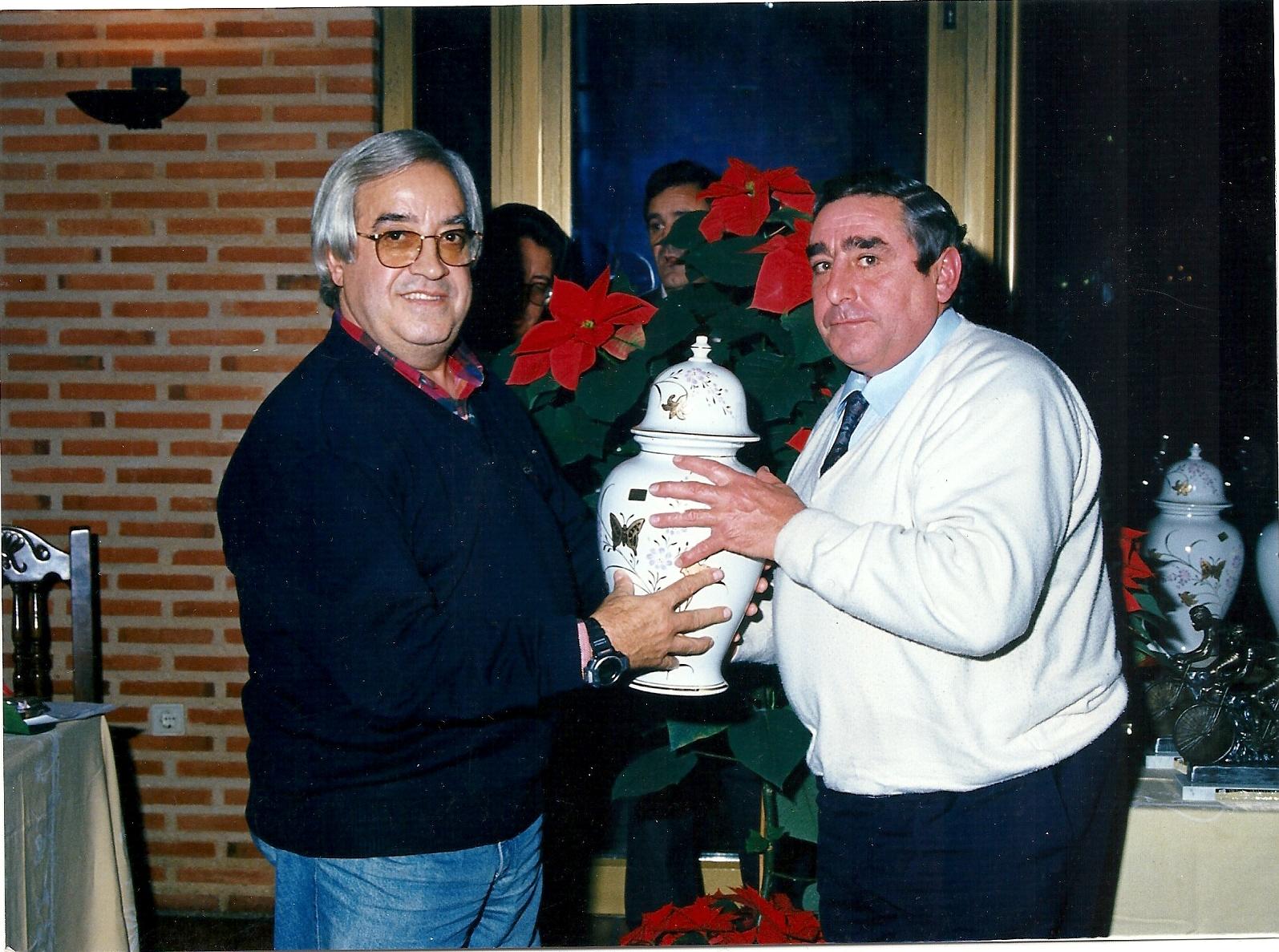Reconocimientos de Don Eugenio Cuerdo en su colaboración con la Vuelta Ciclista de Segovia